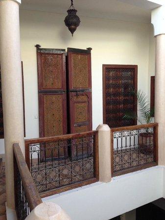 Darhani: 1st floor courtyard/balcony