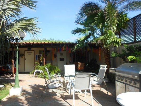 Aruba Sunset Beach Studios: Bday decorations