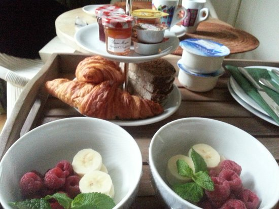 Le Quartier Sonang: Breakfast