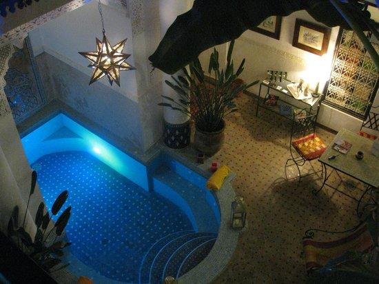 Riad Aloes: jardin intérieur vue du couloir !