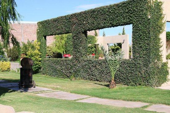 Aire Andino Aparthotel: Vista del parque interno
