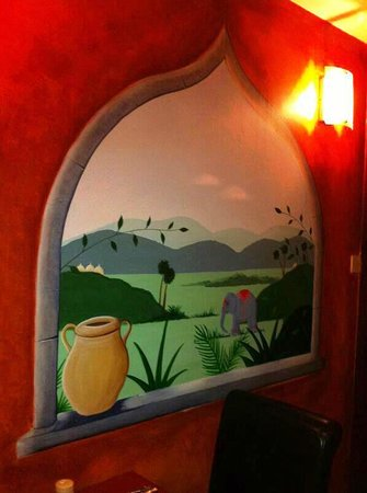 Sidmouth Tandoori: Worlds best curry atmosphere