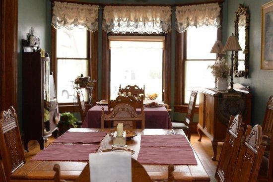 Franklin Street Inn, LLC : Dining Room