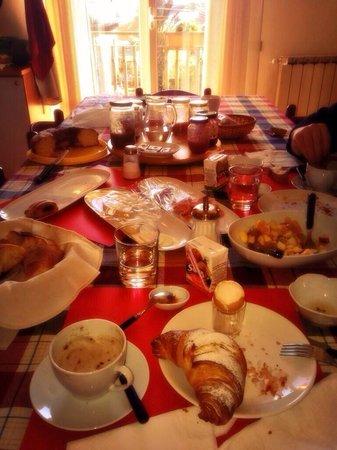 B&B Alfio Tomaselli: Colazione espectacular! Desayuno!