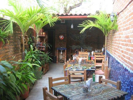 La Esquina de los Caprichos: Great little family owned Tapas Restaurant. Awesome tapas.
