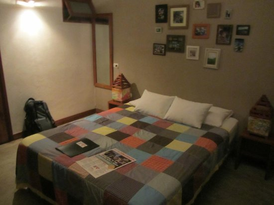 Hotel con Corazon: Homey room