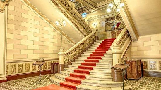 Palatul Bragadiru