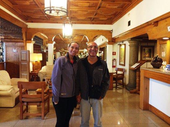 Hotel PF: Lobby