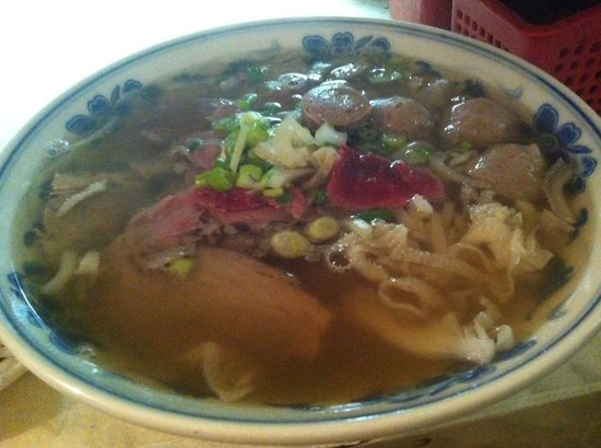 Dao Vien: My special x-large beef soup yummy