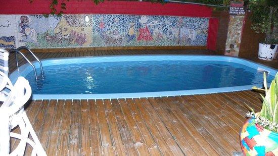 Pousada Avo Isaura: piscina