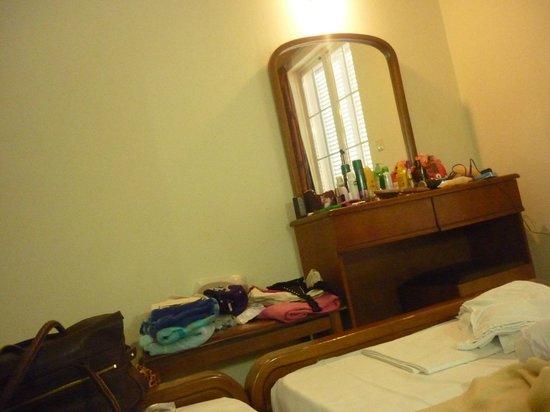 Bozikis Apartments: Bedroom