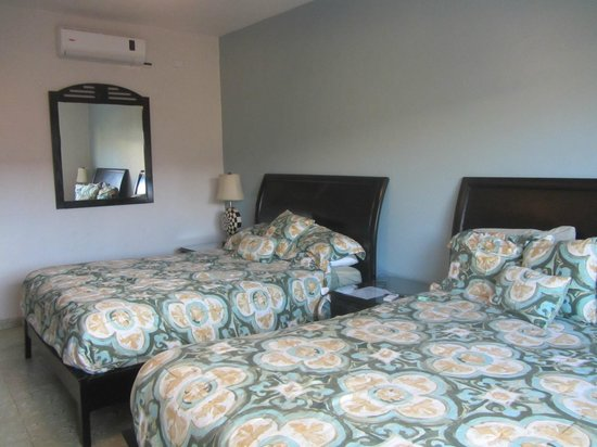 Magnolia Inn: Comfortable room, except no ensuite