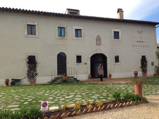 Hotel Osteria Dell'Orcia: frente do hotel