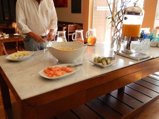 Esplendor Mendoza: Breakfast