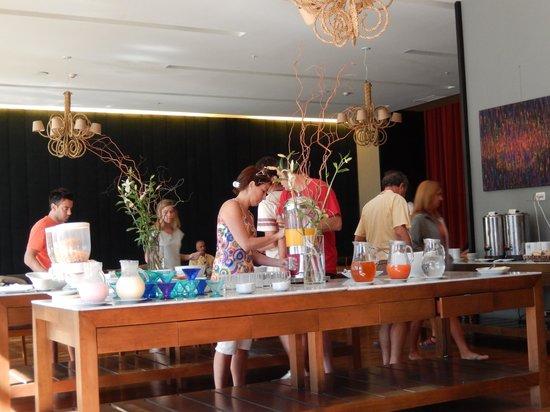 Esplendor Mendoza: Breakfast area