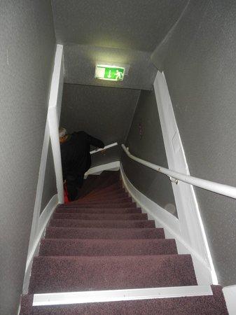 Ibis Styles Amsterdam City: Escada para chegar ao quarto