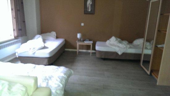 Ambassador Suites Antwerp: beds