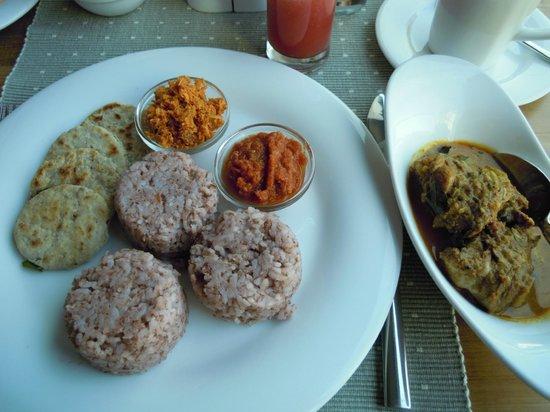 Colombo Court Hotel & Spa: 朝食スリランカ風