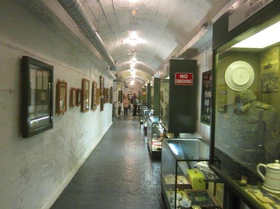 German Occupation Museum: Vista interna do Museu.