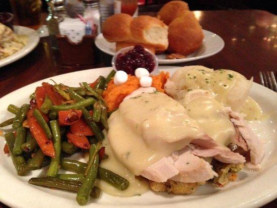 Du-Par's Restaurant and Bakery: du-par's thanksgiving special 2013