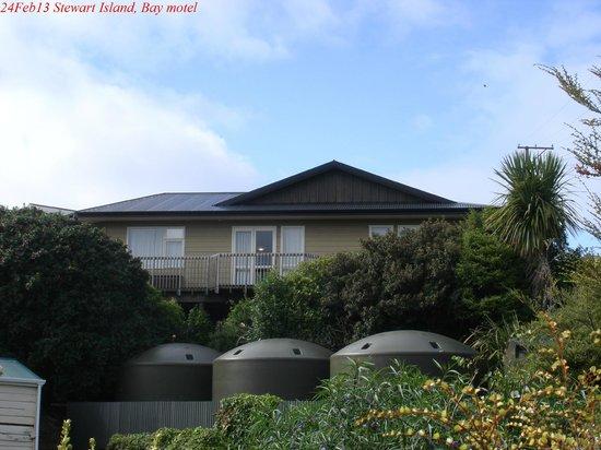 Bay Motel : Вид на здание мотеля