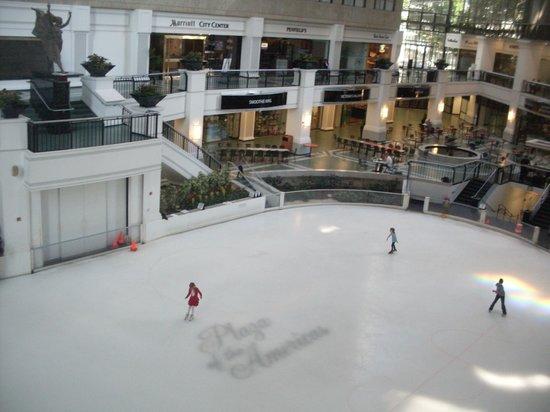 Dallas Marriott City Center: Legal
