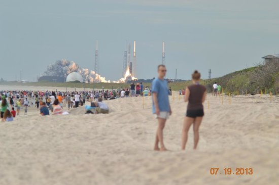 Playalinda Beach Lift Off Of Atlas V With Muos 2