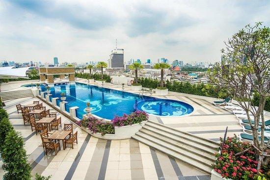 hotel outdoor pool. The Berkeley Hotel Pratunam: Outdoor Swimming Pool T