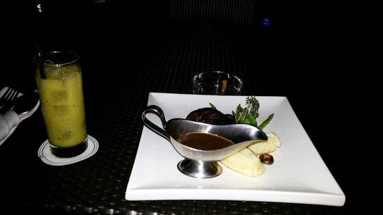 Hotel Perdana: My dinner at perdana hotel