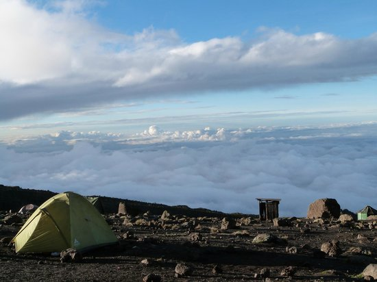 Monte Kilimanjaro: Above the clouds