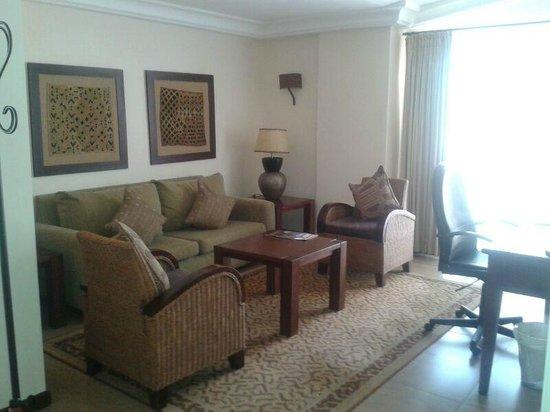 The African Regent Hotel: Room