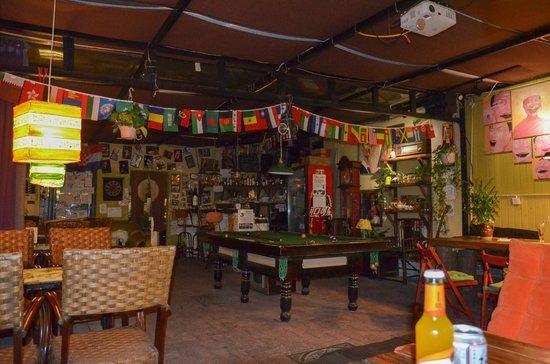Chengdu Lazy Bones Backpackers Boutique Hostel : socializing area