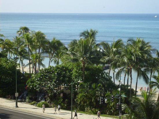 Alohilani Resort Waikiki Beach: View from my balcony.