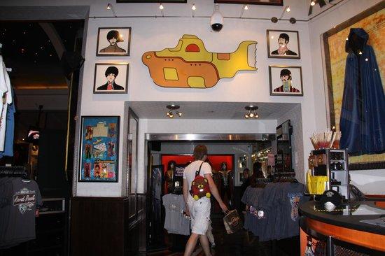 Hard Rock Cafe : Магазин