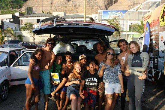 Pukana Surf school: the best surf school !!