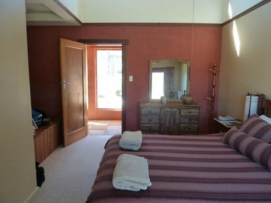 Forest Walks Lodge: great room