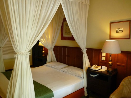 Club Bali Mirage: large, comfy bed
