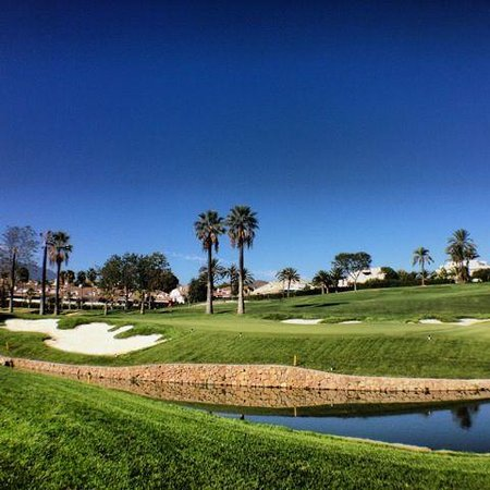 ‪Real Club de Golf las Brisas‬