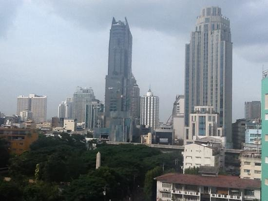 Galleria 10 Hotel Bangkok by Compass Hospitality: view to Sukhumvit from rooftop pool bar