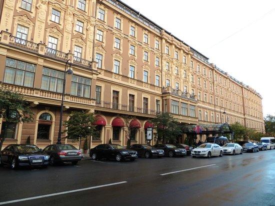 Belmond Grand Hotel Europe: buiten aanzicht