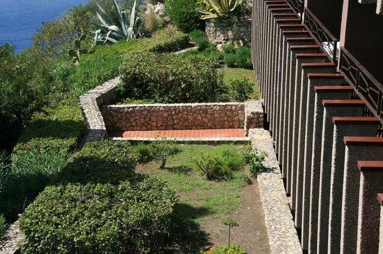 Atahotel Capotaormina: Отличие от обычного номера балкон