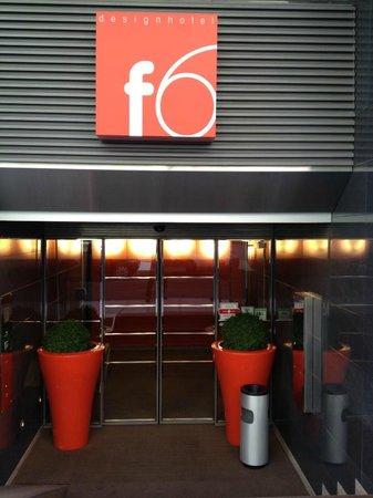 Design Hotel F6: Façade