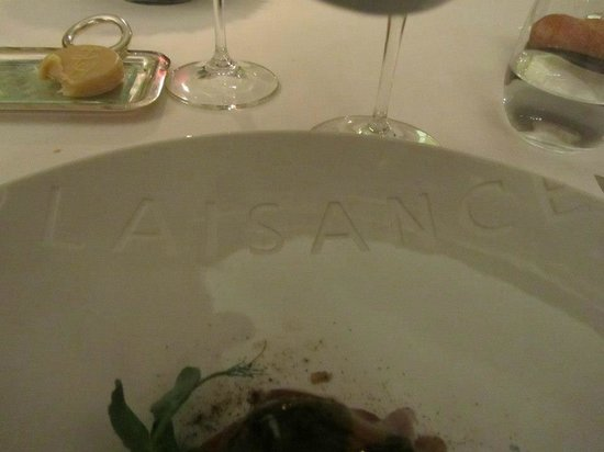 Hostellerie de Plaisance: name on plate
