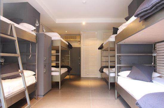 Don Moustache Hostel : Deluxe Shared Bedroom