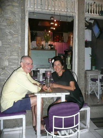 Warung Saya: outside table at this lovely tiny quaint restaurant