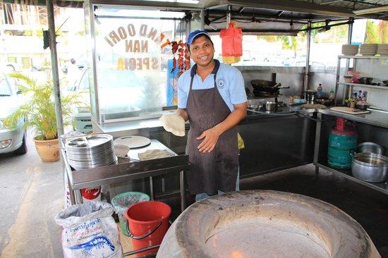 Nasi Kandar Tomato: Пекарь