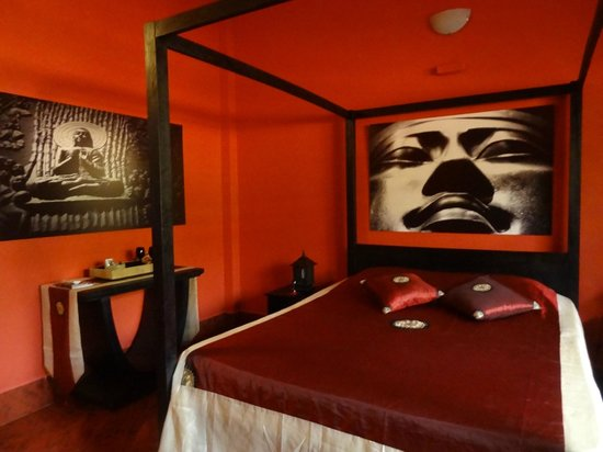 Serenite Guesthouse: chambre