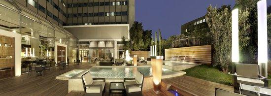 Metropolitan Hotel: Atrium