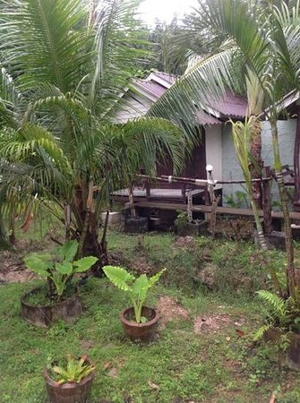 Lantawadee Resort & Spa: Bungalow with fan