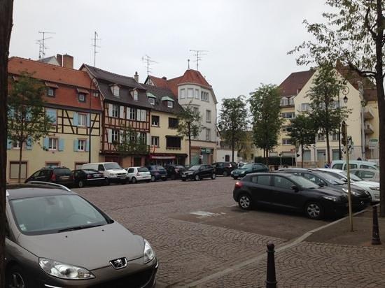 Hotel Turenne: around the hotel